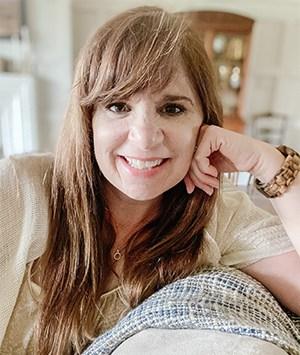 Leslie Davis of Deeply Southern Home