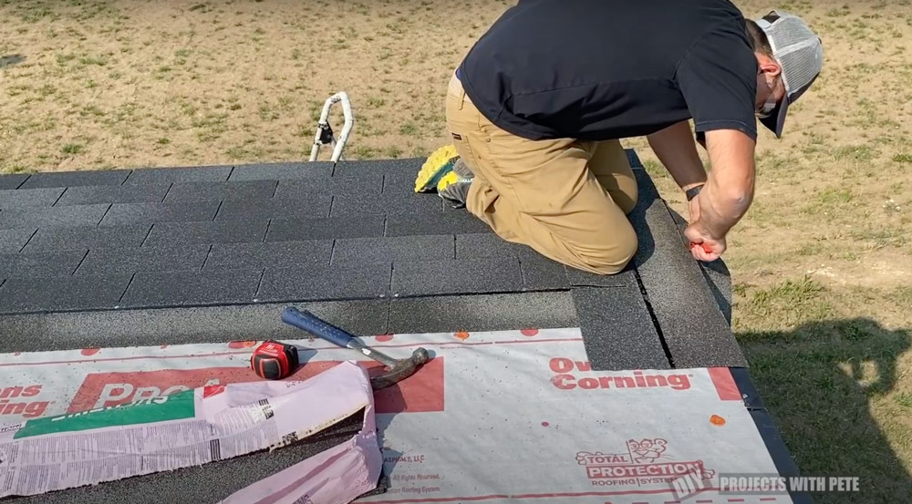 how to shingle a lean to roof
